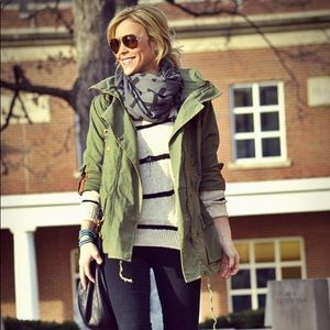 Willow and clay anorak jacket in olive green